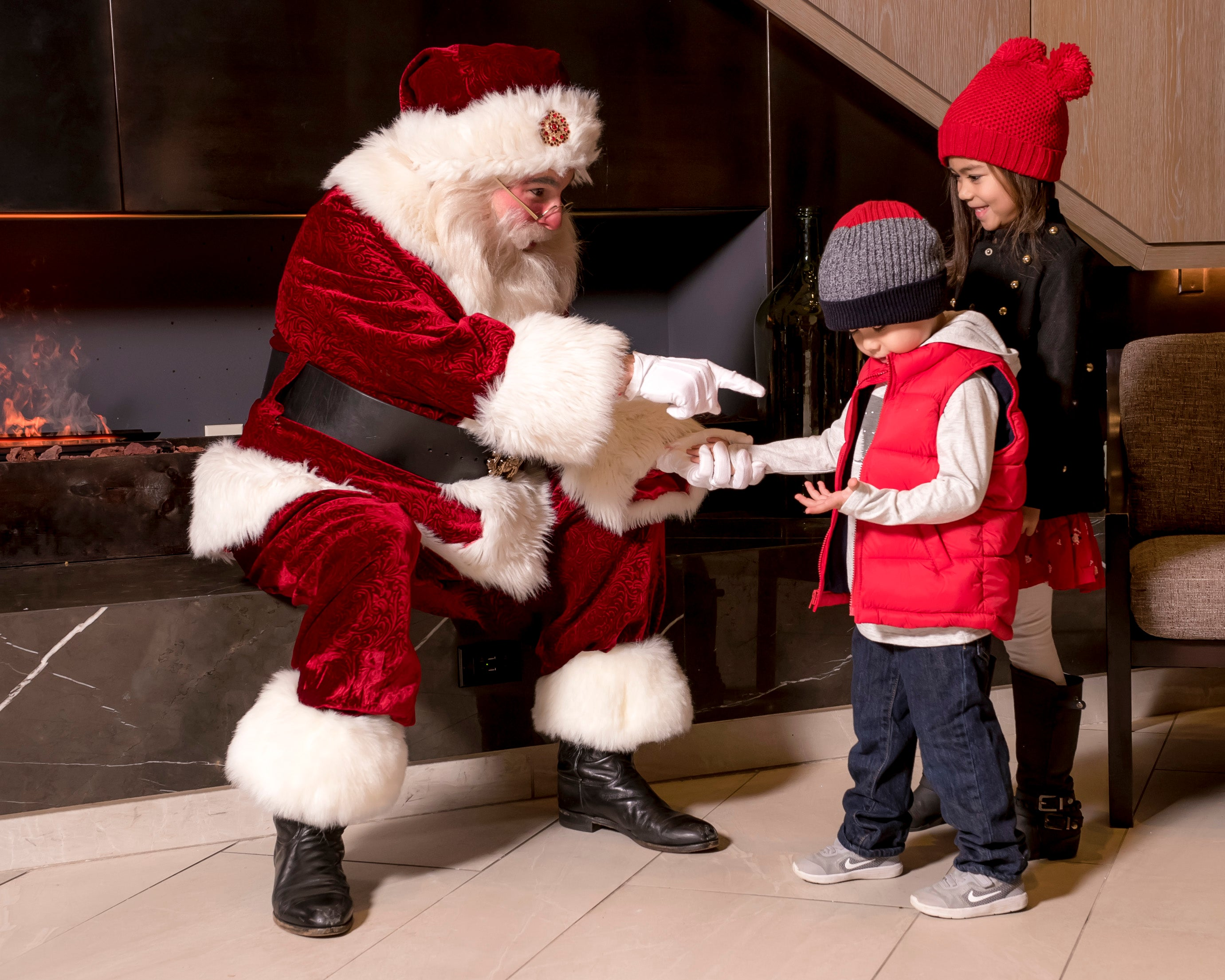 Breakfast with Santa and VIP access to Novant Health Thanksgiving Parade