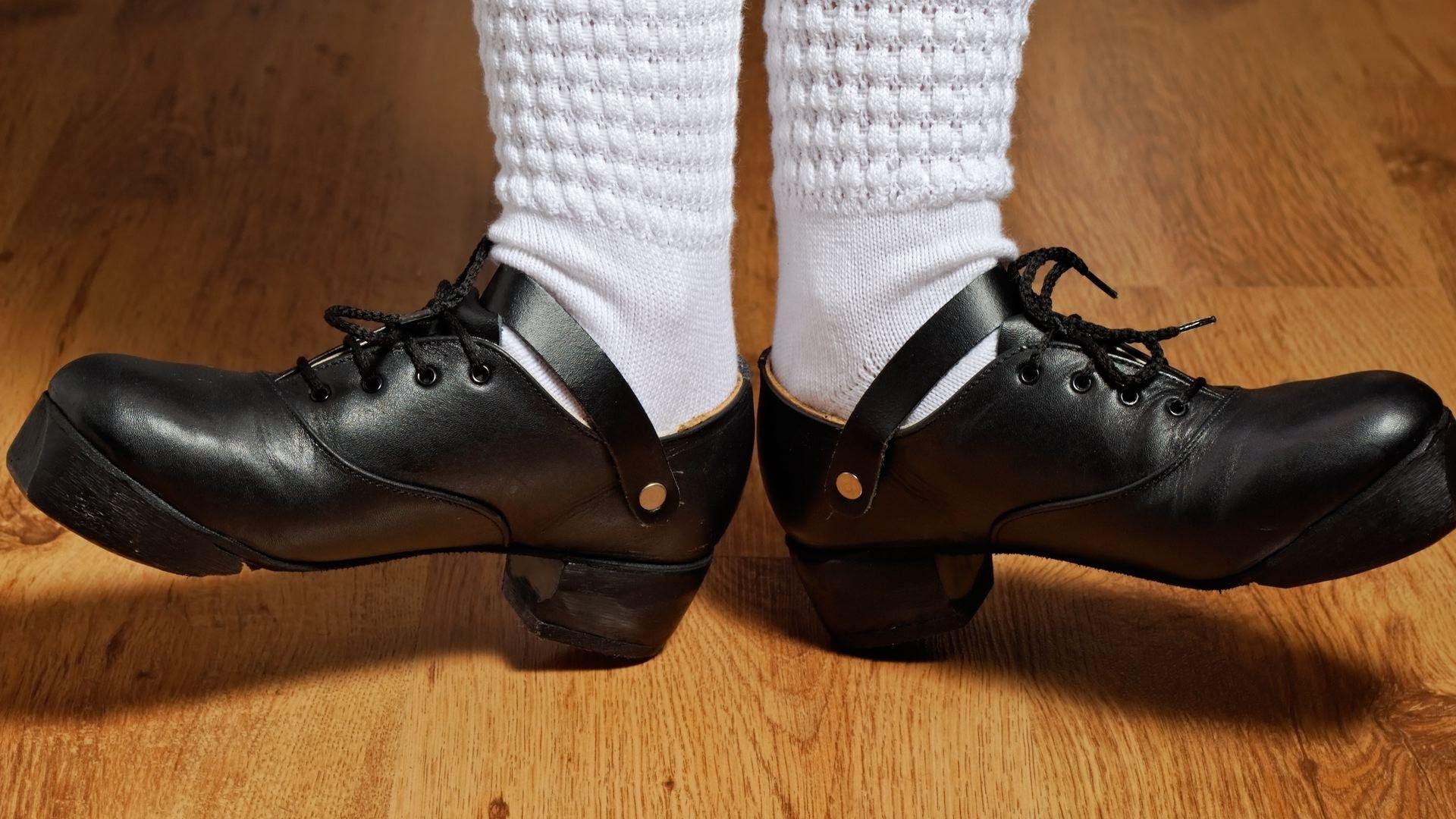300afc27acf9 hard shoes.jpg Hard Irish stepdance shoes